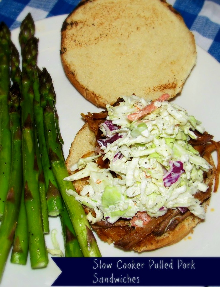 Do It All Working Mom - Slow Cooker Pulled Pork Sandwiches