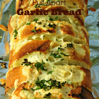 Easy Cheesy Pull Apart Garlic Bread