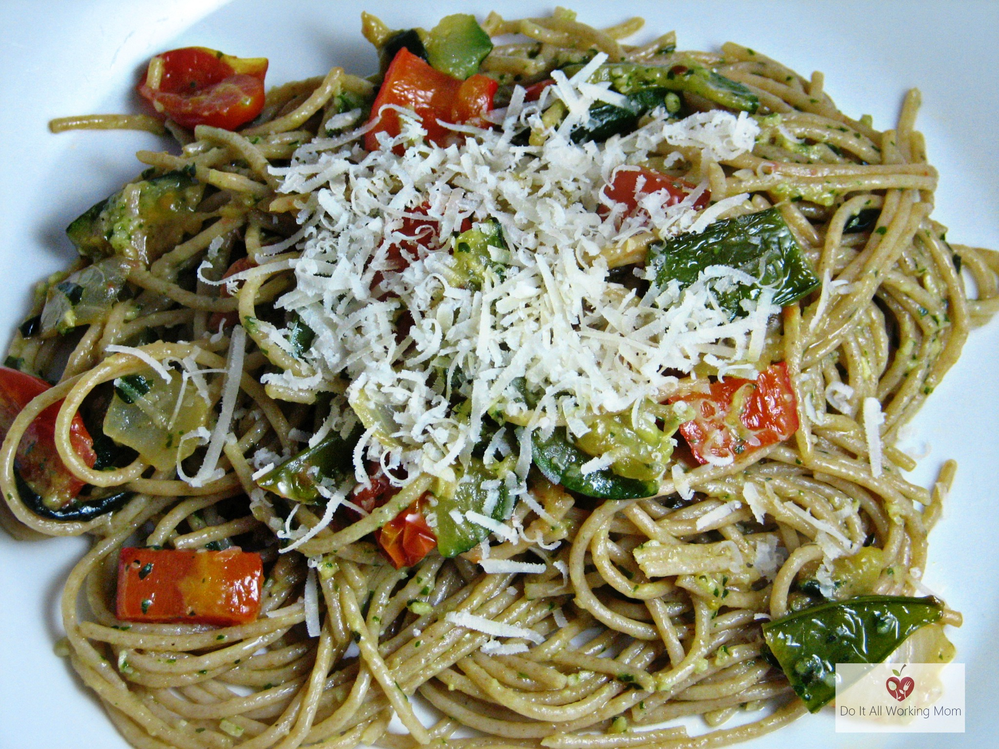 Pesto and Vegetable Pasta Recipe - Do It All Working Mom