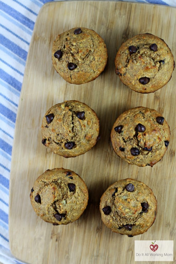 banana-chocolate-chip-muffins-do-it-all-working-mom-1